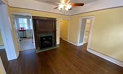 Kitchen, 423 12th Ave E, 1