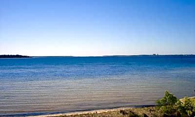 424 E Beach Dr, 0
