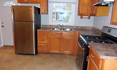 Kitchen, 229 W Rainbow Dr, 1