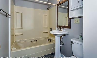 Bathroom, 3051 S Fern St, 2