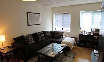 Living Room, 463 1st St 5B, 1