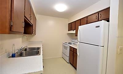 Kitchen, 619 Robin Rd 3, 1
