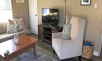 Living Room, 107 N Wilson Ave, 1