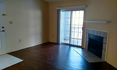Living Room, 1100 Quail Roost Rd, 1