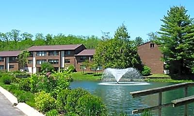 Willow Lake Luxury Apartments, 1