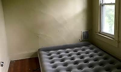 Bedroom, 104 W Maynard Ave, 2