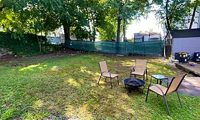 Patio / Deck, 15-23 Parmelee Ave 2ND, 2