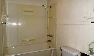 Bathroom, 1015 Humboldt St, 1