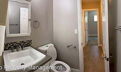 Bathroom, 313 Acebo Ln, 2