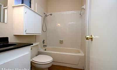Bathroom, 2818 Nueces St, 1