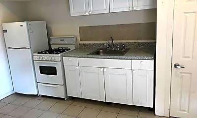 Kitchen, 1507 Fitzwater St, 1
