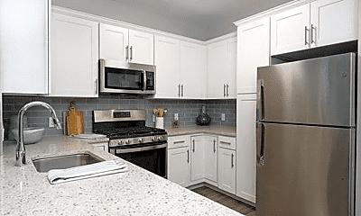 Kitchen, 1115 W Chestnut St, 1