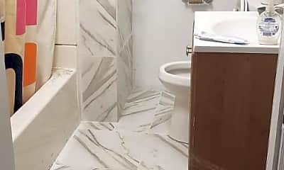 Bathroom, 96 Fremont St, 0
