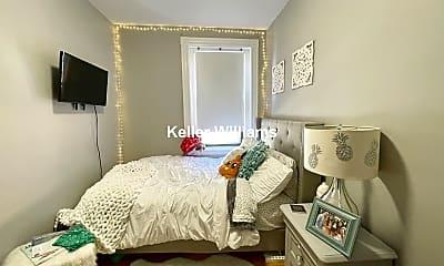 Bedroom, 377 W Broadway, 2