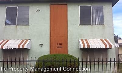 2311 W Compton Blvd, 0