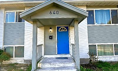 Building, 640 W 5750 S, 1