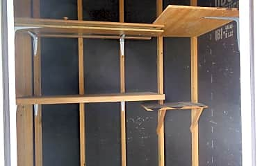 Building, 1137 Cree Dr, 2