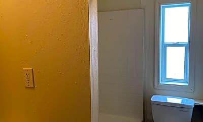Bathroom, 1900 W Quinn Rd, 2
