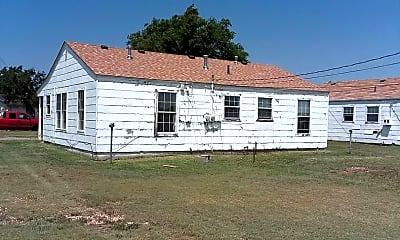 Building, 1000 N Lake St, 1