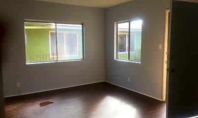 Building, 2034 E Florida St, 2