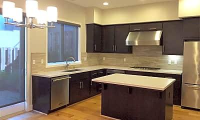 Kitchen, 307 Summit Way, 1