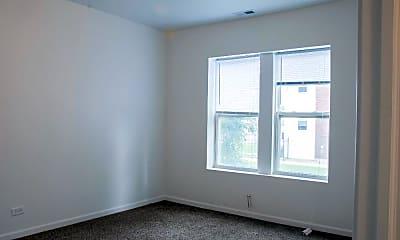 Bedroom, 1101 N Lawler Ave, 1