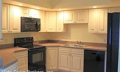 Kitchen, 724 28th St, 1