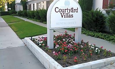 Courtyard Villas, 1