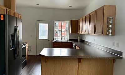Kitchen, 4307 S Warner St, 1