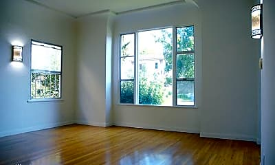 Living Room, 405 N Spaulding Ave, 0
