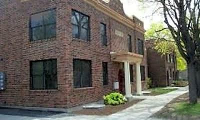 Building, 420 N Pattee St, 0