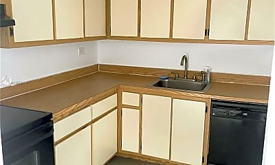 Kitchen, 1720 NW N River Dr 610, 2
