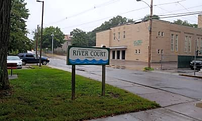 River Court, 1
