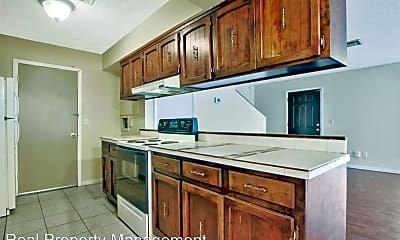 Kitchen, 8724 W University St, 2