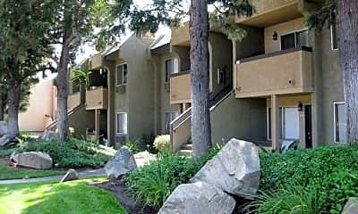 Building, Scripps Poway Villas, 1