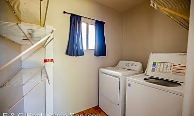 Bathroom, 8208 E MacKenzie Dr, 2