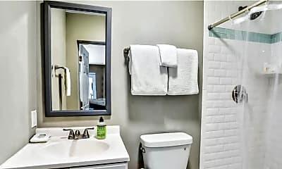 Bathroom, 11 3rd St B, 2