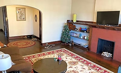 Living Room, 2511 E Belleview Pl, 1