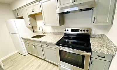Kitchen, 116 N Yosemite Ave, 1