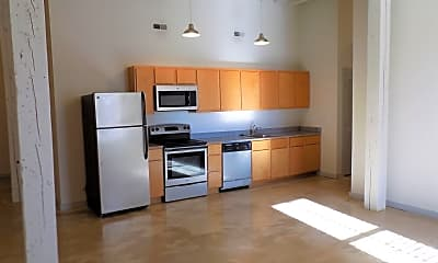 Kitchen, 1601 Tower Grove Ave, 0