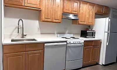 Kitchen, 955 Boulevard E 1, 0