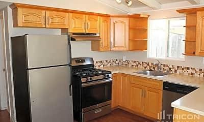 Kitchen, 1148 Harding St, 1