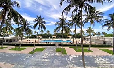 Pool, 2625 Collins Ave 204, 0