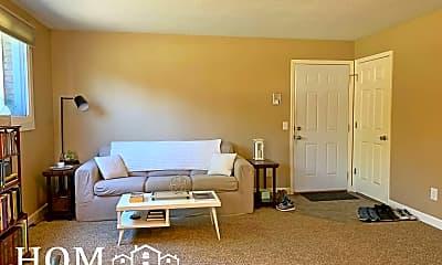 Bedroom, 107 Grove St, 1