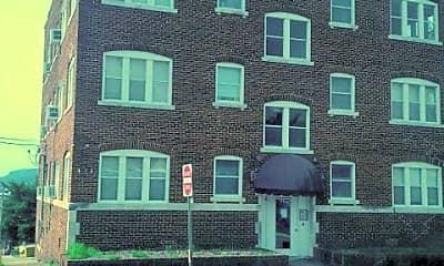 Building, 324 E 8th St, 0