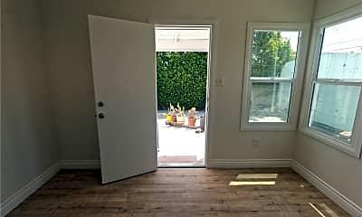 Living Room, 3654 W 58th Pl, 2