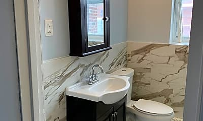 Bathroom, 78 S Harrison St, 1