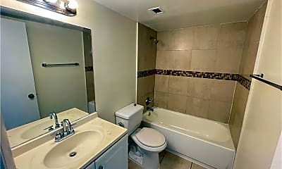 Bathroom, 496 NW 165th St D-409, 2