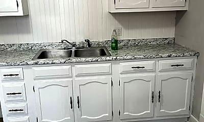 Kitchen, 917 W 7th St, 0