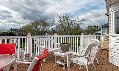 Patio / Deck, 58 County Line Rd, 2